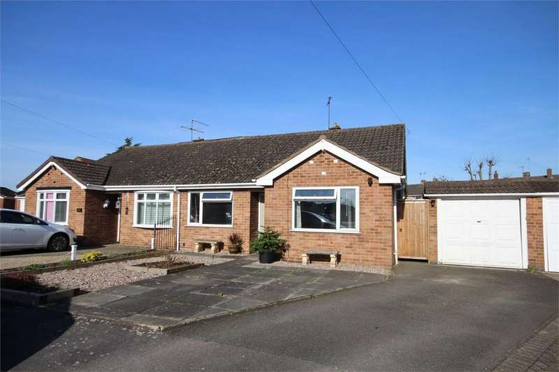 2 Bedrooms Semi Detached Bungalow for sale in Windermere Avenue, St Nicolas Park, Nuneaton, Warwickshire
