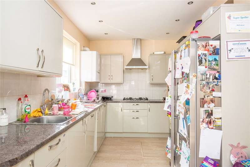 4 Bedrooms Semi Detached House for sale in Holders Hill Gardens, Hendon, London, NW4