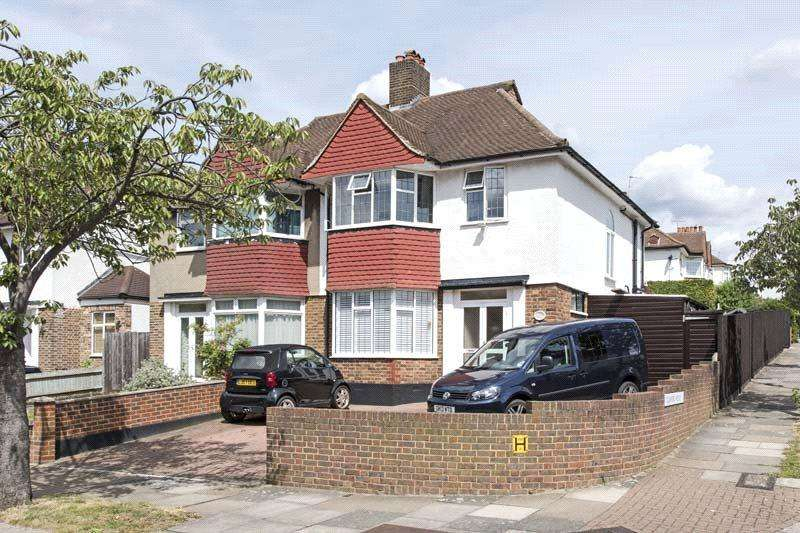 3 Bedrooms Semi Detached House for sale in Burntwood Close, Wandsworth, London, SW18