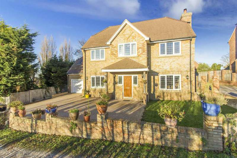 6 Bedrooms Detached House for sale in Chequers Road, Sheerness
