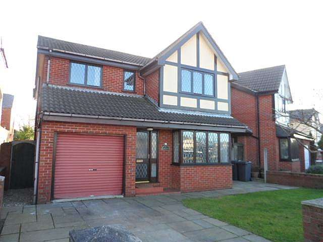 4 Bedrooms Detached House for sale in Barton Avenue, Knott End on Sea, FY6 0BW