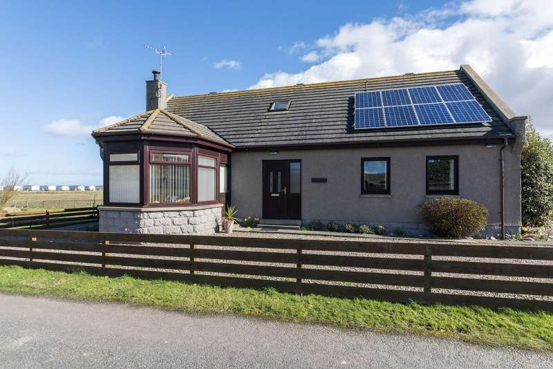 4 Bedrooms Detached House for sale in Inverboyndie, Banff, Aberdeenshire, AB45 2JJ