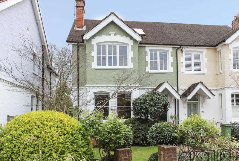 4 Bedrooms Semi Detached House for sale in Church Walk, Thames Ditton