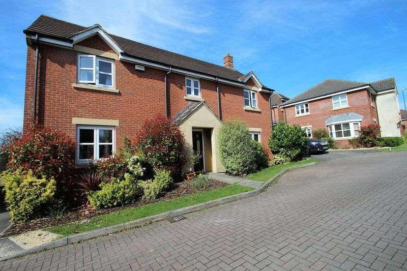 5 Bedrooms Detached House for sale in Wakeford Way, Bridgeyate Bristol