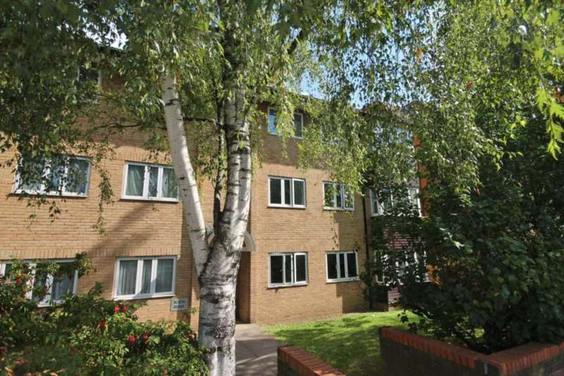 2 Bedrooms Flat for sale in Acacia House, Kingston Road