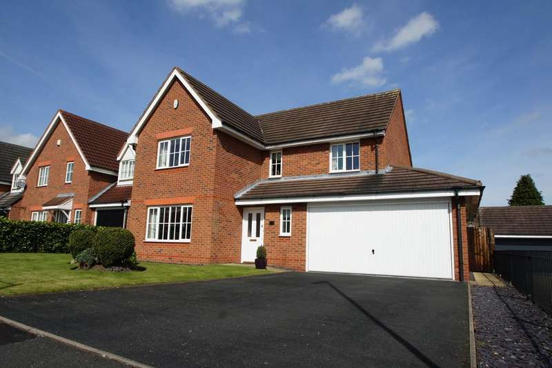4 Bedrooms Detached House for sale in Chenet Way, Cannock