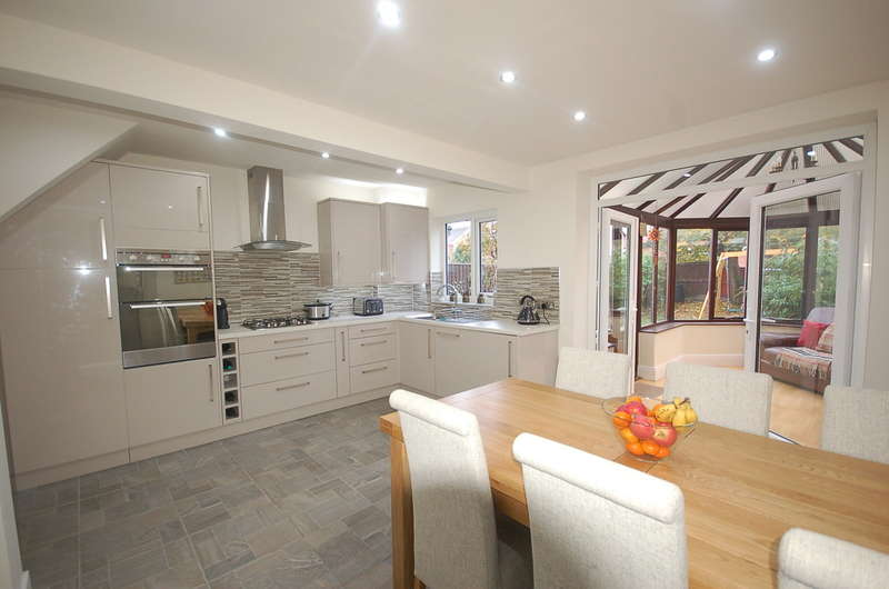 3 Bedrooms Semi Detached House for sale in Selby Avenue, Blackpool