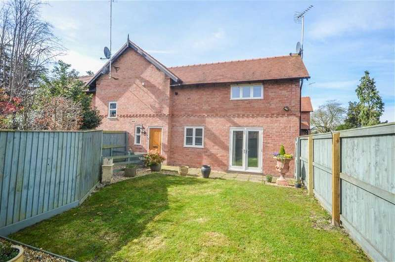 2 Bedrooms Semi Detached House for sale in Curzon Park South, Curzon Park, Chester, Chester