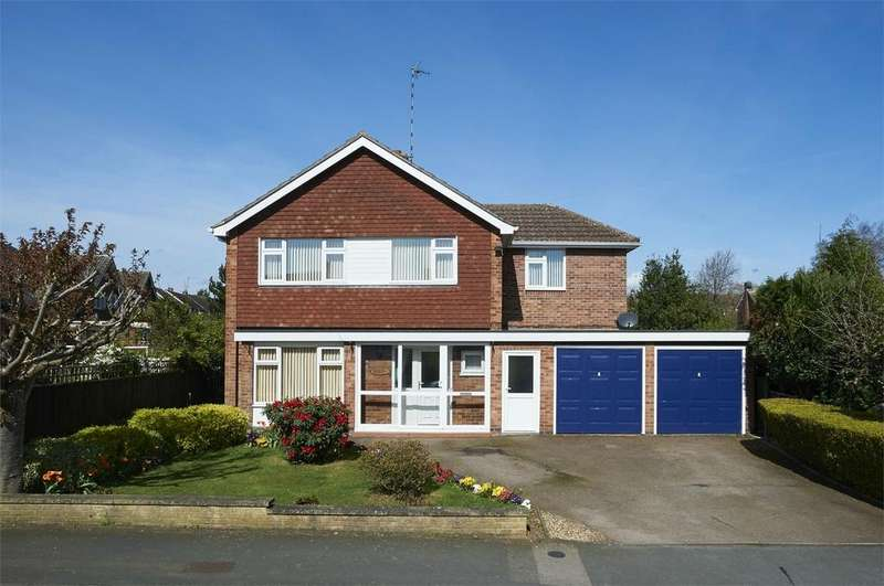 4 Bedrooms Detached House for sale in Springfield Crescent, Kibworth Beauchamp, Leicester