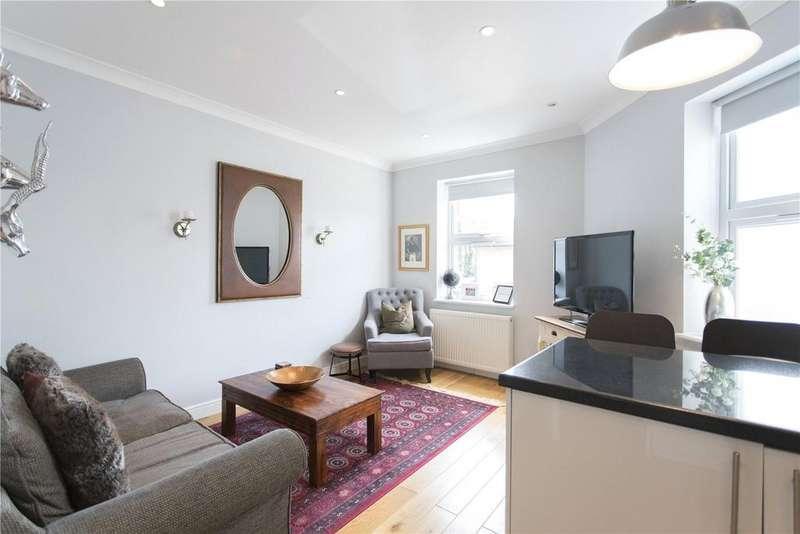 2 Bedrooms Flat for sale in Putney Bridge Road, Putney, London