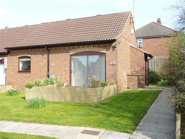 1 Bedroom Bungalow for sale in CLARE COURT, CAMBRIDGE PARK RETIREMENT SCHEME, GRIMSBY