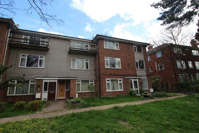 2 Bedrooms Flat for sale in Elmshurst Bean Road, Greenhithe, DA9