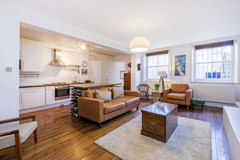 2 Bedrooms Flat for sale in Clapham Common South Side, SW4