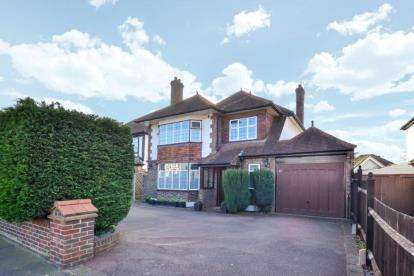 5 Bedrooms House for sale in Woodland Way, West Wickham