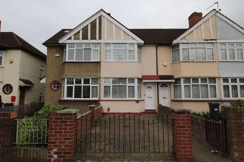 2 Bedrooms Property for sale in Hounslow Road, Hanworth, Feltham, TW13