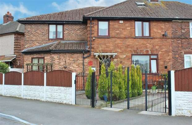 4 Bedrooms Semi Detached House for sale in Mottershead Road, Widnes, Cheshire