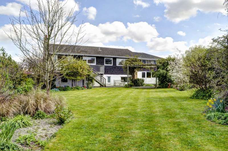 5 Bedrooms Detached House for sale in Henton
