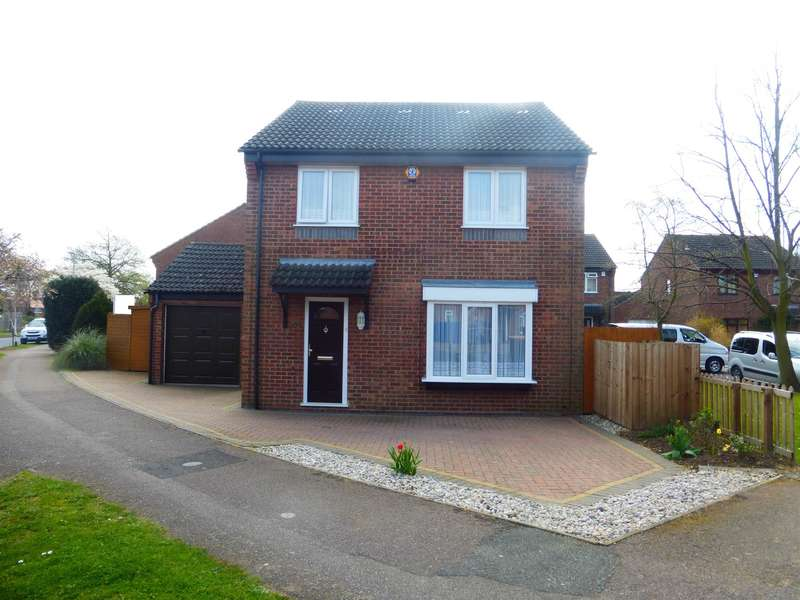 4 Bedrooms Detached House for sale in Walcourt Road, Kempston, Bedford, MK42