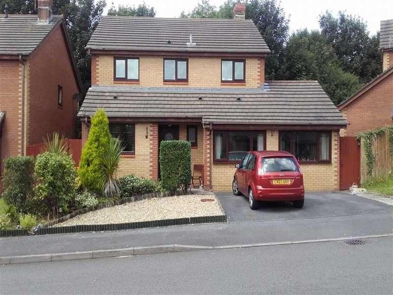 4 Bedrooms Property for sale in Llys Cilsaig, Dafen, Llanelli