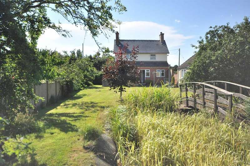 3 Bedrooms Detached House for sale in Great North Road, Cromwell, Newark