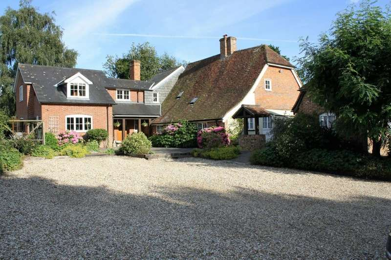 4 Bedrooms Detached House for sale in Awbridge Hill, Awbridge, Hampshire, SO51