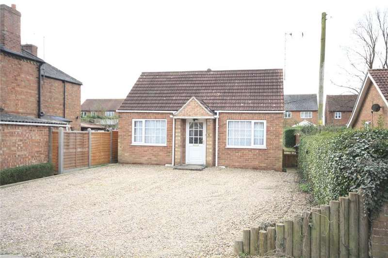 2 Bedrooms Detached Bungalow for sale in New Street, Heckington, Sleaford, Lincolnshire, NG34