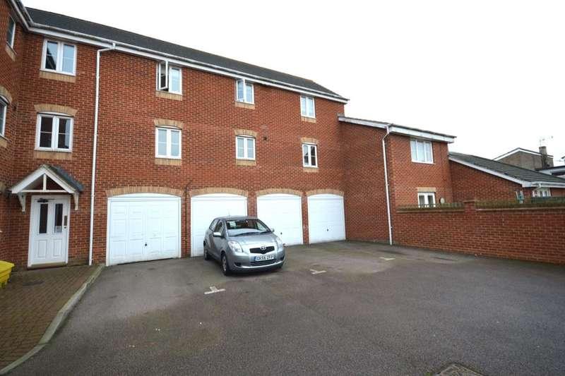 2 Bedrooms Flat for sale in Epsom Close, Stevenage, SG1