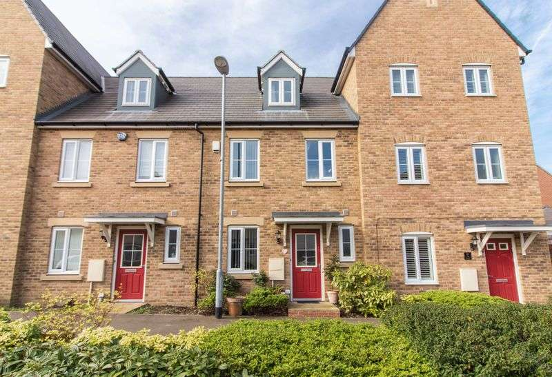 3 Bedrooms House for sale in The Square, Loughton