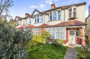 3 Bedrooms End Of Terrace House for sale in Altyre Way, Beckenham, Uk