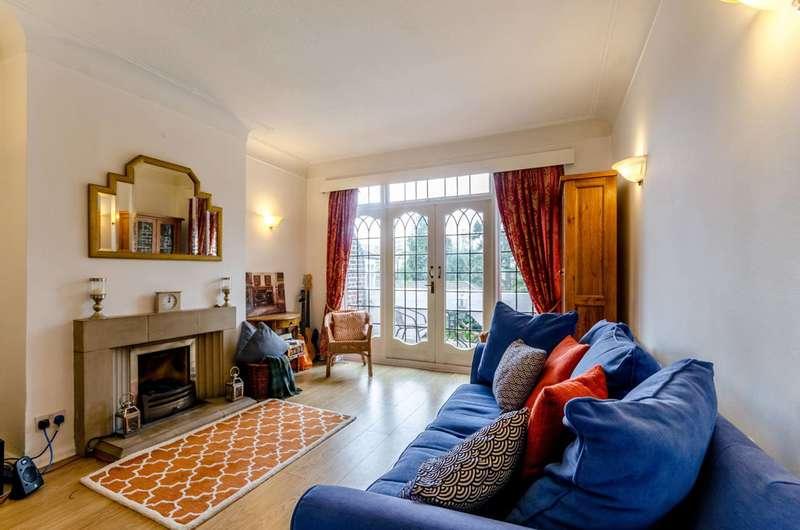 3 Bedrooms Maisonette Flat for sale in Putney Hill, Putney, SW15
