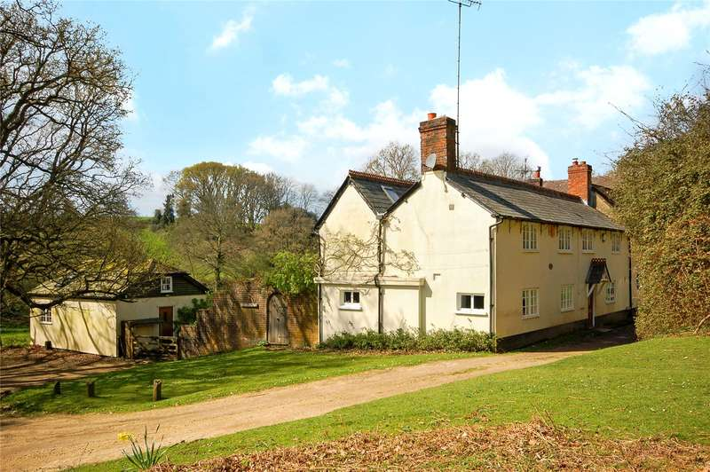 4 Bedrooms Semi Detached House for sale in Godshill Wood, Fordingbridge, Hampshire, SP6