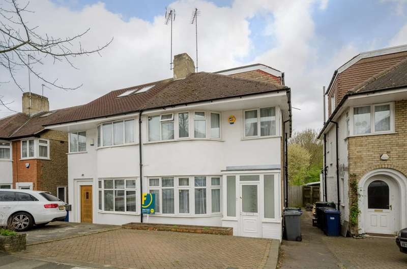 4 Bedrooms House for sale in Whitehouse Way, Southgate, N14