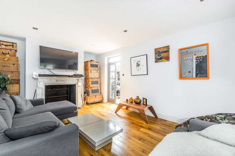 1 Bedroom Flat for sale in Amyand Park Road, Twickenham, TW1