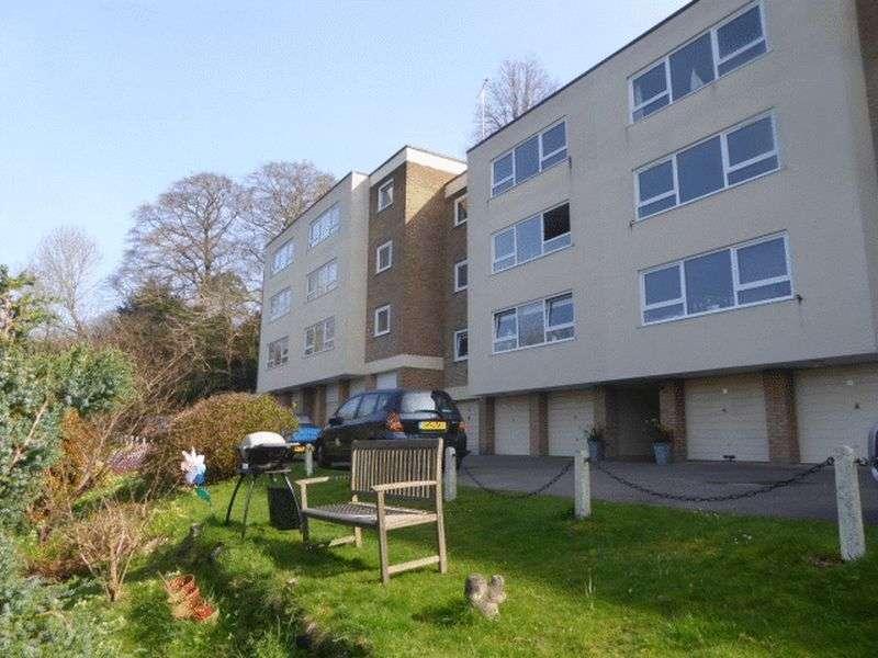 2 Bedrooms Flat for sale in Westview Road, Warlingham