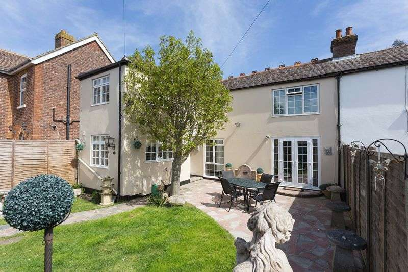 3 Bedrooms Semi Detached House for sale in The Drive, Southbourne, West Sussex