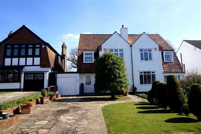 3 Bedrooms Property for sale in Wickham Chase, West Wickham