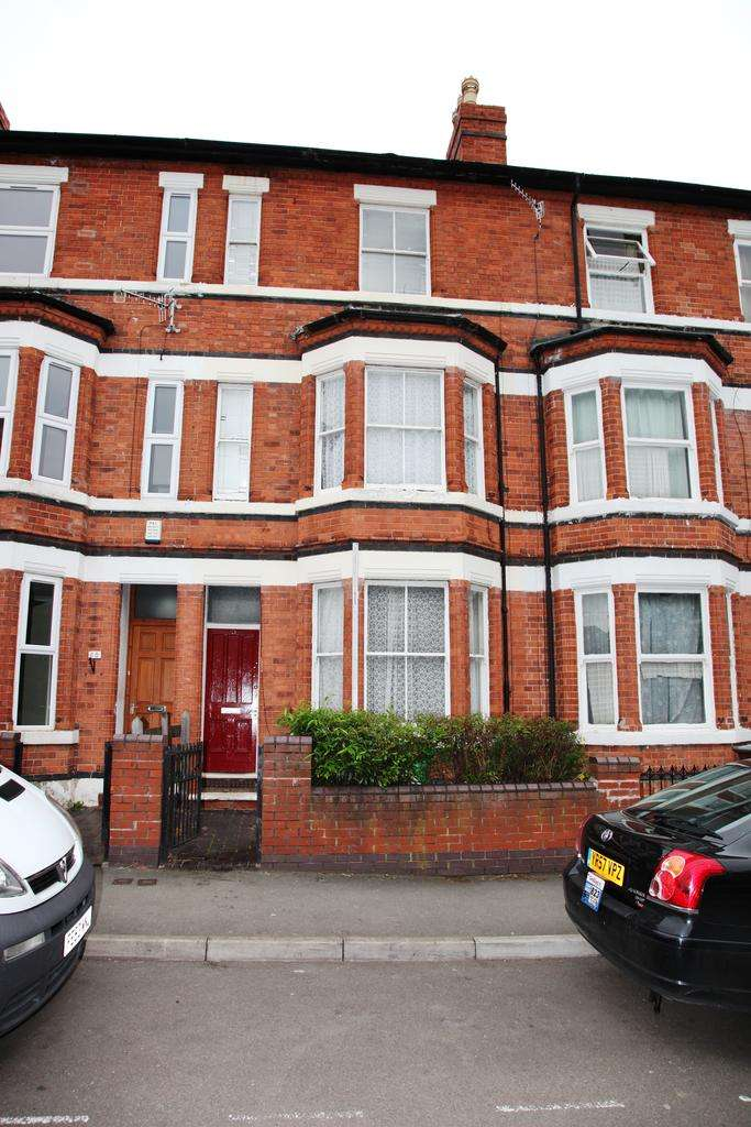1 Bedroom House Share for rent in Forest Field, Norttingham. NG7