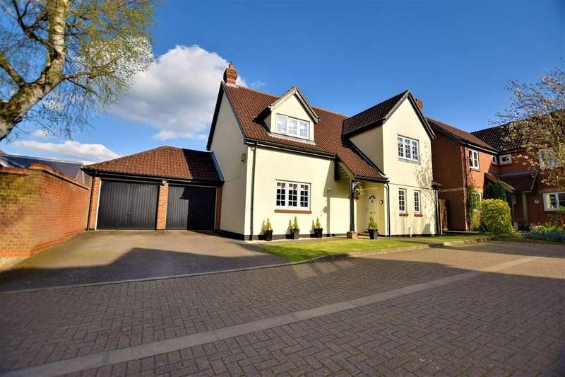 4 Bedrooms Detached House for sale in Lukins Drive, Dunmow