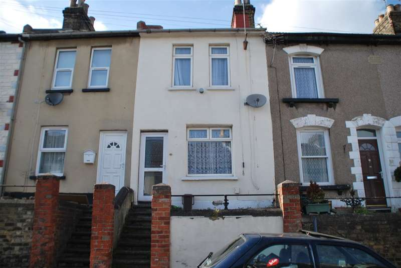 2 Bedrooms Terraced House for sale in Martin Road, STROOD