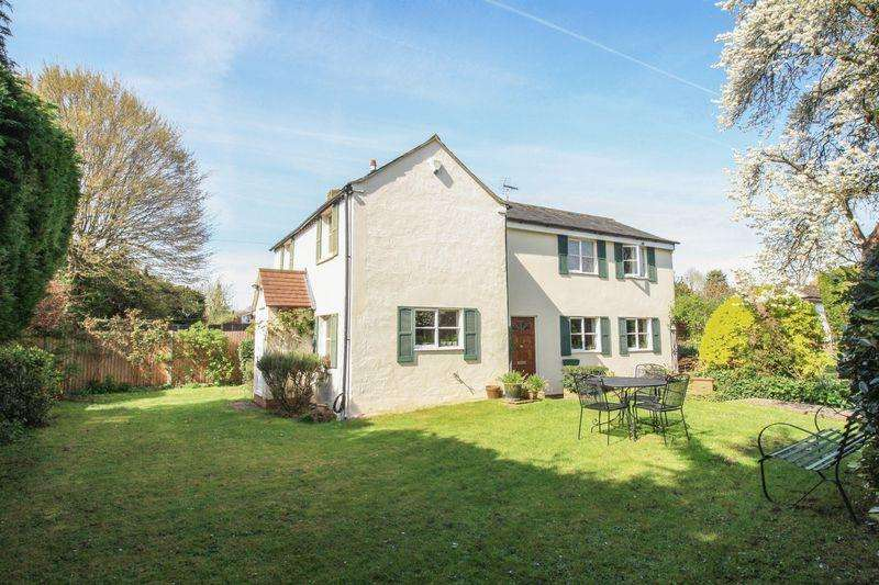 3 Bedrooms Detached House for sale in Bracken Road, Maidenhead