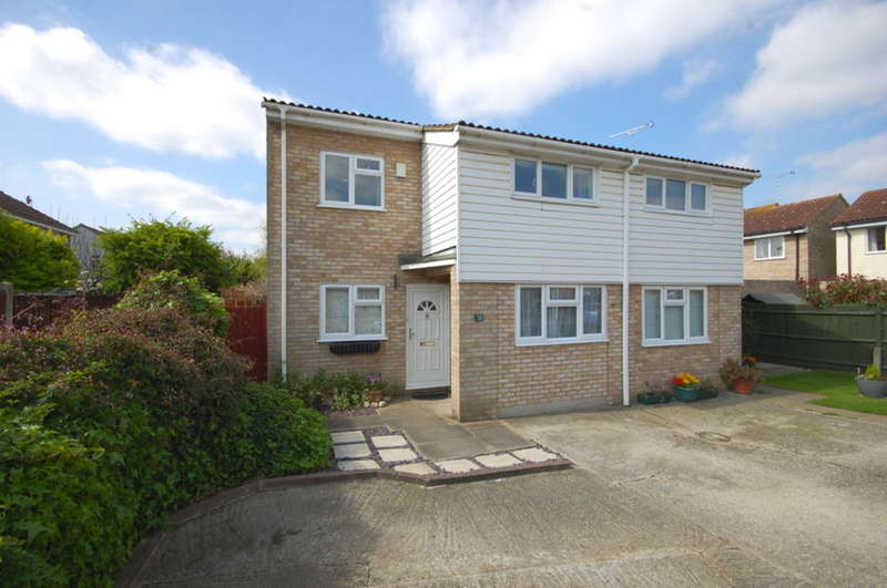 4 Bedrooms Semi Detached House for sale in Paddock Drive, Springfield, Chelmsford, CM1
