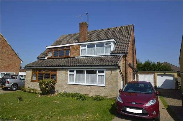 5 Bedrooms Semi Detached House for sale in HORLEY, RH6