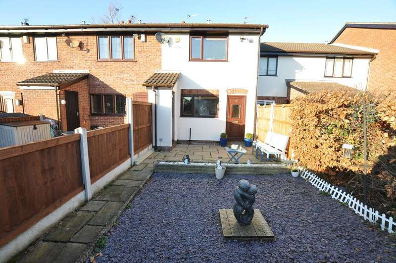 2 Bedrooms Mews House for sale in Badgers Walk East, Lytham, Lancashire, FY8 4BS