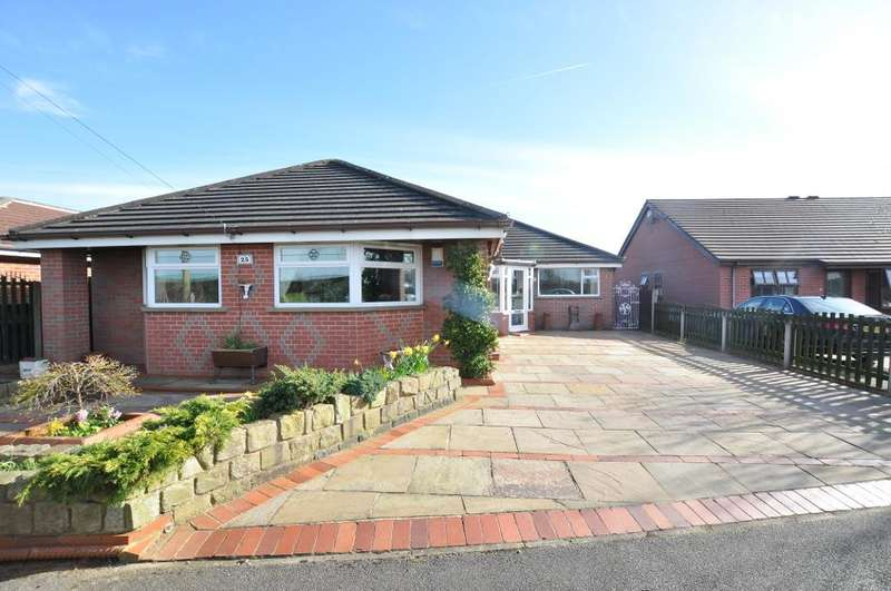 4 Bedrooms Detached Bungalow for sale in Green Lane West, Freckleton, Preston, Lancashire, PR4 1SL