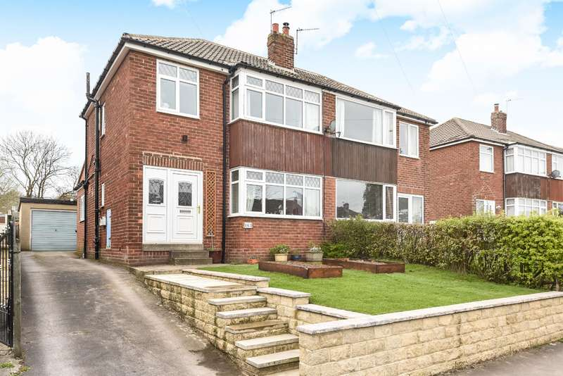 3 Bedrooms Semi Detached House for sale in Queensway, Yeadon, Leeds, LS19 7PA