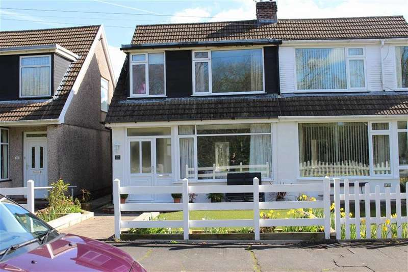 3 Bedrooms Property for sale in Woodcote, Killay