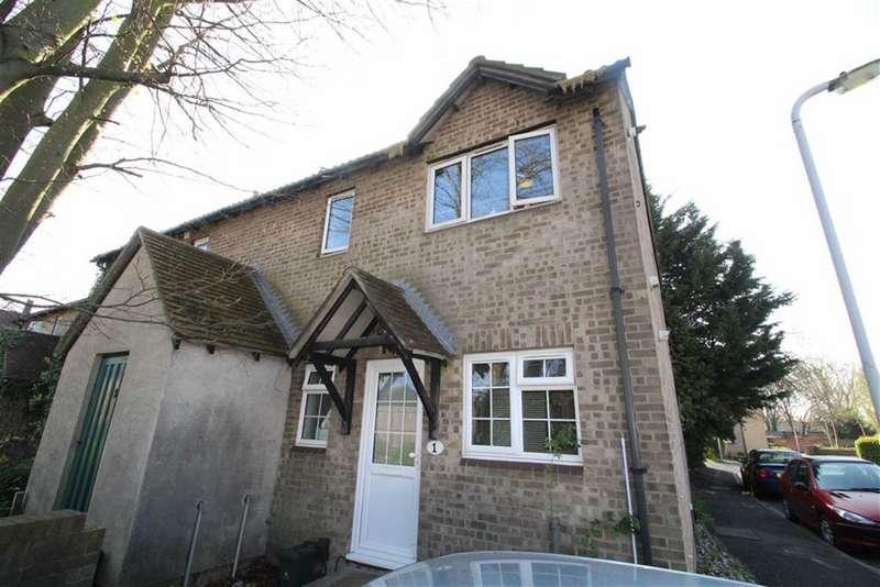 1 Bedroom Maisonette Flat for sale in New Garden Drive, West Drayton, Middlesex