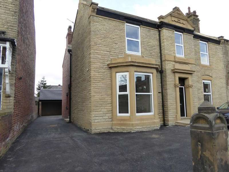 2 Bedrooms Semi Detached House for sale in Prospect Road, Ossett