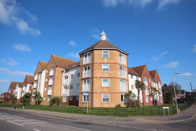 Studio Flat for sale in Marina Point, West Road, Clacton-On-Sea