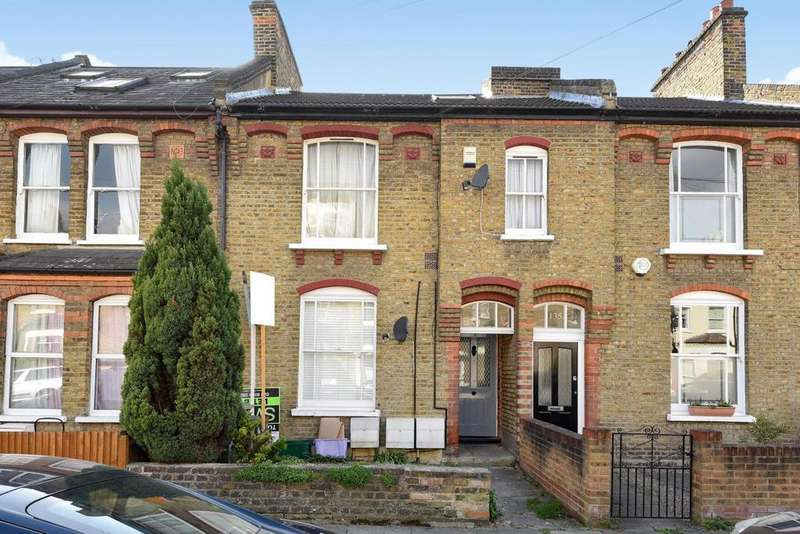 1 Bedroom Flat for sale in Gladstone Road, Wimbledon, SW19